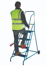 GS Approved Fort Wheel Steps - Non-Slip Treads